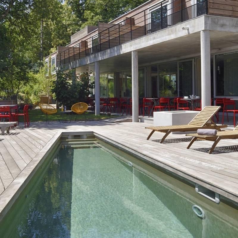 Hôtel atypique avec piscine au cœur des montagnes corse