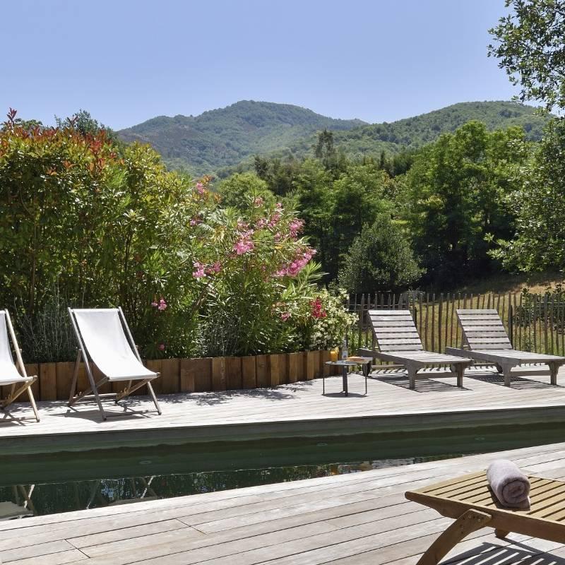 Hôtel de charme avec piscine merveilleuse
