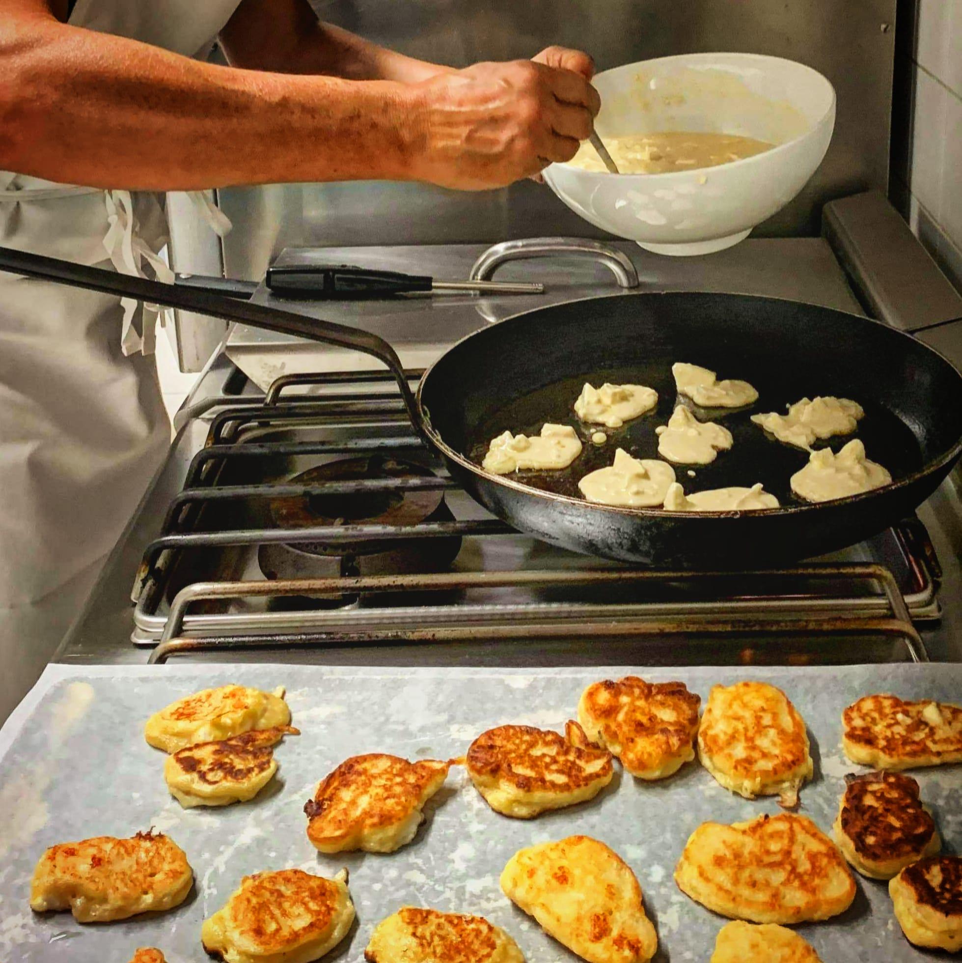 Préparation Migliaccioli cuisine corse à Bastelica